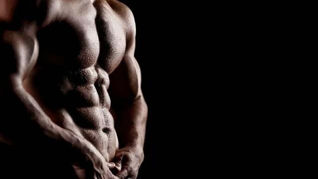 Atlas Online Fitness 腹筋を割る